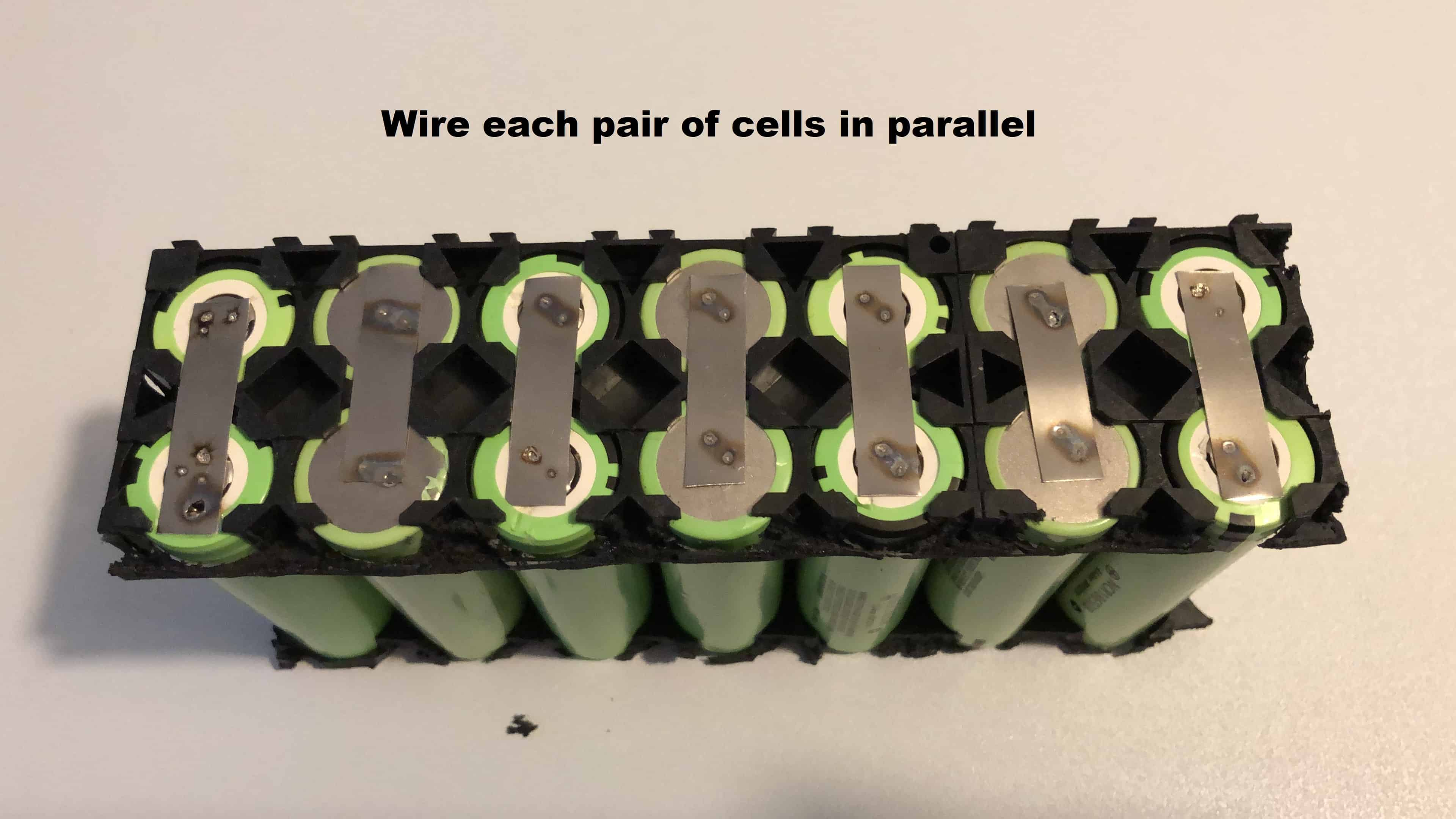 Parallel connection nickel strip