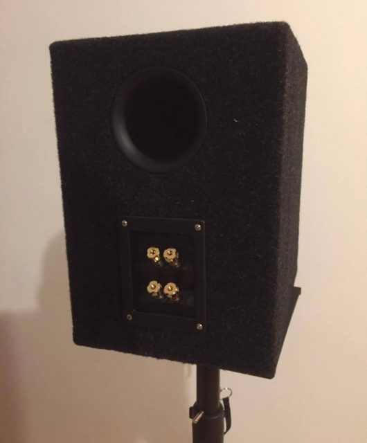 2 way speaker back