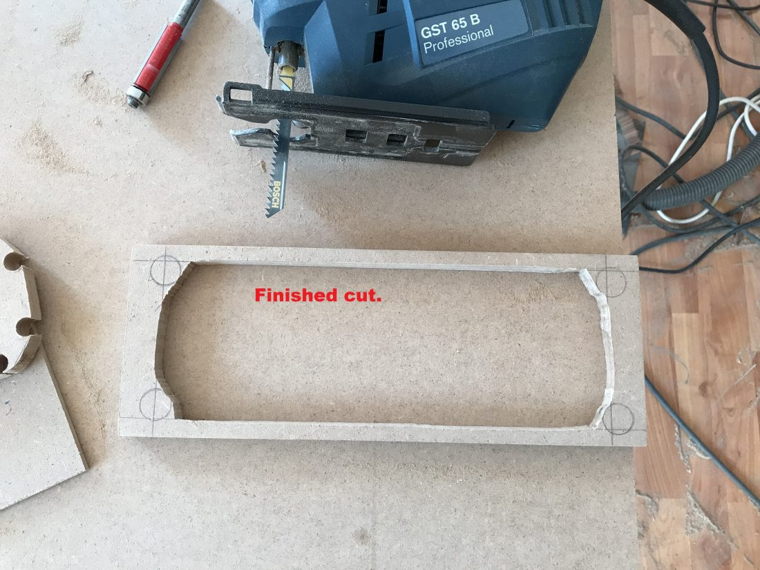 Cut hole using jigsaw