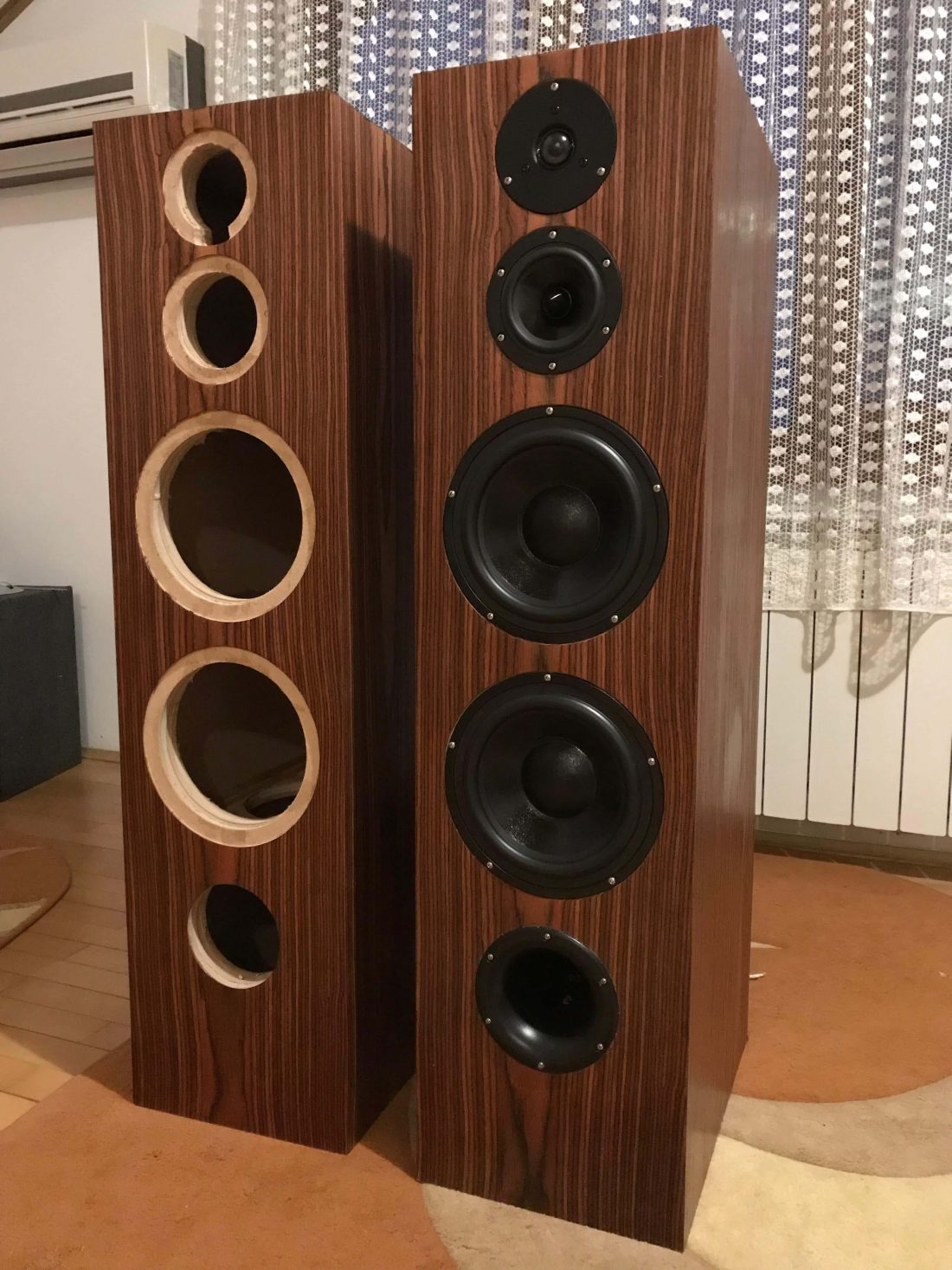 3 way floor standing speakers
